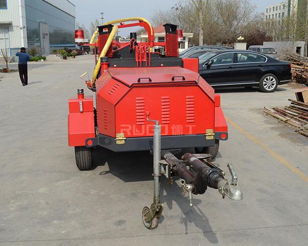 大型沥青灌缝机施工案例